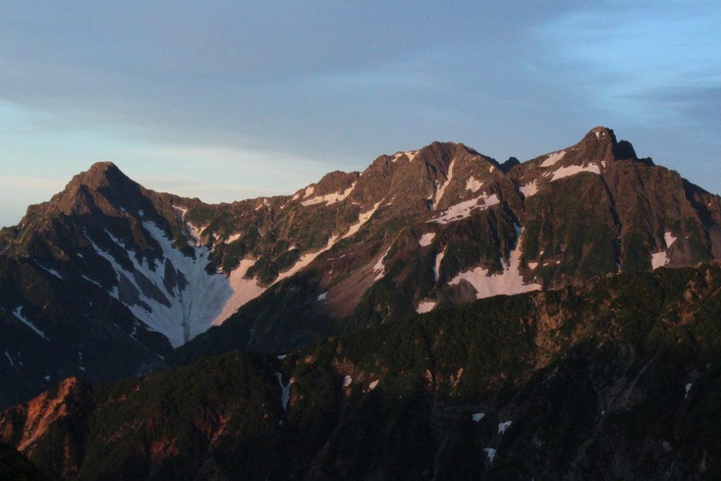 コマクサが咲く夏の北アルプス表銀座を1泊2日で縦走(2日目)ヒュッテ西岳~槍沢~上高地まで